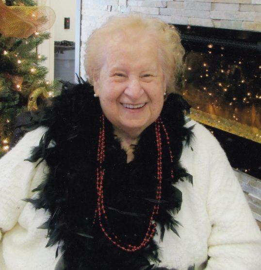 Denise Couture (née Clermont) 1937-2021